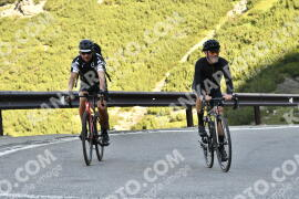 Photo #1669119 | 07-08-2021 09:09 | Passo Dello Stelvio - Waterfall BICYCLE riders