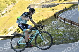 Photo #1265716 | 09-09-2020 09:44 | Passo Dello Stelvio - Waterfall BICYCLE riders