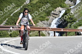 Photo #1003284 | 07-07-2020 09:22 | Passo Dello Stelvio - Waterfall BICYCLE riders