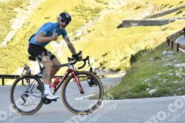 Photo #1156590 | 15-08-2020 09:39 | Passo Dello Stelvio - Waterfall BICYCLE riders