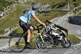 Photo #1296256   14-09-2020 10:05   Passo Dello Stelvio - Waterfall BICYCLE riders