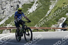 Photo #1020500 | 18-07-2020 09:29 | Passo Dello Stelvio - Waterfall BICYCLE riders