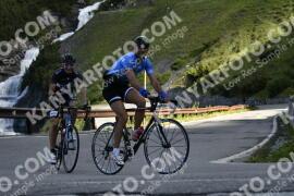 Photo #976622 | 04-07-2020 09:14 | Passo Dello Stelvio - Waterfall BICYCLE riders