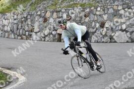 Photo #1482540   05-07-2021 09:19   Passo Dello Stelvio - Waterfall BICYCLE riders