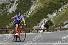Photo #1835128 | 26-08-2021 10:17 | Passo Dello Stelvio - Waterfall BICYCLE riders