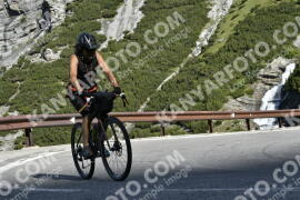 Photo #1527028 | 12-07-2021 09:24 | Passo Dello Stelvio - Waterfall BICYCLE riders
