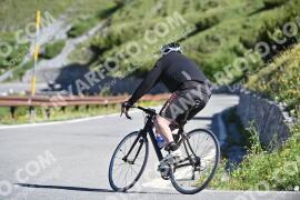 Photo #987658 | 05-07-2020 09:25 | Passo Dello Stelvio - Waterfall BICYCLE riders