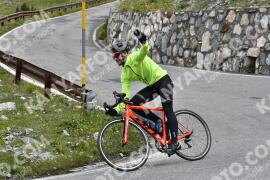Photo #1612606 | 26-07-2021 10:38 | Passo Dello Stelvio - Waterfall BICYCLE riders