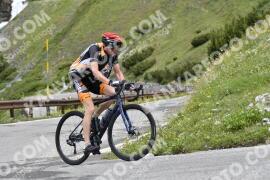 Photo #1501231   09-07-2021 09:34   Passo Dello Stelvio - Waterfall BICYCLE riders