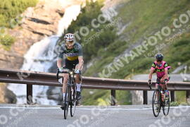 Photo #1115427 | 07-08-2020 09:16 | Passo Dello Stelvio - Waterfall BICYCLE riders
