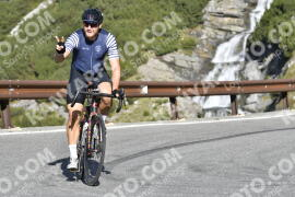 Photo #1328425 | 20-09-2020 09:59 | Passo Dello Stelvio - Waterfall BICYCLE riders