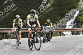 Photo #1496456 | 07-07-2021 09:28 | Passo Dello Stelvio - Waterfall BICYCLE riders
