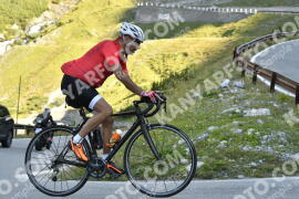Photo #1196956 | 22-08-2020 09:25 | Passo Dello Stelvio - Waterfall BICYCLE riders