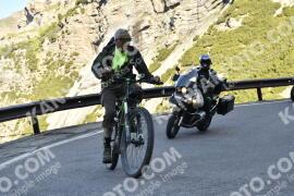 Photo #1478514 | 04-07-2021 09:13 | Passo Dello Stelvio - Waterfall BICYCLE riders