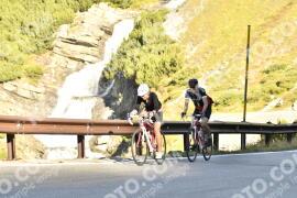 Photo #1256554 | 08-09-2020 09:47 | Passo Dello Stelvio - Waterfall BICYCLE riders