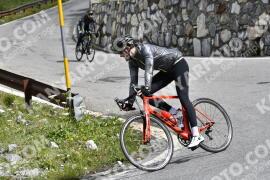 Photo #1612593 | 26-07-2021 10:38 | Passo Dello Stelvio - Waterfall BICYCLE riders