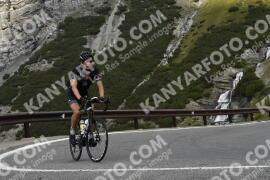 Photo #1869178 | 03-09-2021 10:33 | Passo Dello Stelvio - Waterfall BICYCLE riders