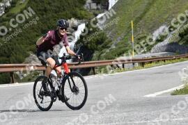 Photo #1535518   16-07-2021 09:35   Passo Dello Stelvio - Waterfall BICYCLE riders