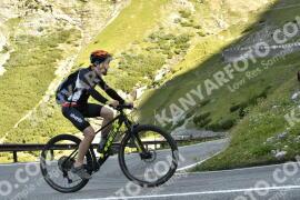 Photo #1734165   14-08-2021 09:20   Passo Dello Stelvio - Waterfall BICYCLE riders