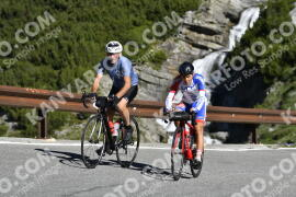 Photo #1034894 | 19-07-2020 09:39 | Passo Dello Stelvio - Waterfall BICYCLE riders