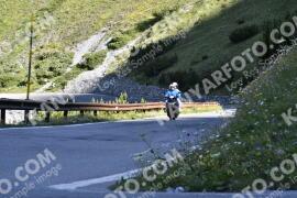 Photo #1562147 | 20-07-2021 09:21 | Passo Dello Stelvio - Waterfall BICYCLE riders