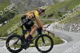 Photo #1169147 | 17-08-2020 10:16 | Passo Dello Stelvio - Waterfall BICYCLE riders