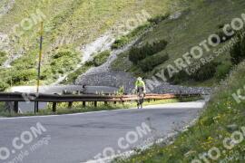 Photo #1458129 | 03-07-2021 09:08 | Passo Dello Stelvio - Waterfall BICYCLE riders