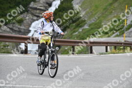 Photo #1012829 | 15-07-2020 10:11 | Passo Dello Stelvio - Waterfall BICYCLE riders