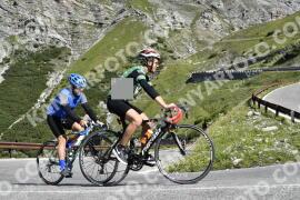 Photo #1626567   30-07-2021 09:51   Passo Dello Stelvio - Waterfall BICYCLE riders