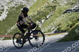 Photo #1527031 | 12-07-2021 09:24 | Passo Dello Stelvio - Waterfall BICYCLE riders