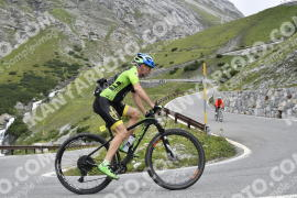 Photo #784828 | 10-08-2019 09:32 | Passo Dello Stelvio - Waterfall BICYCLE riders