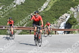 Photo #1585677 | 23-07-2021 09:46 | Passo Dello Stelvio - Waterfall BICYCLE riders