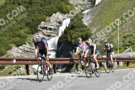 Photo #1556871 | 19-07-2021 09:57 | Passo Dello Stelvio - Waterfall BICYCLE riders