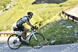 Photo #1615709   29-07-2021 09:36   Passo Dello Stelvio - Waterfall BICYCLE riders