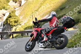 Photo #1562137 | 20-07-2021 09:14 | Passo Dello Stelvio - Waterfall BICYCLE riders