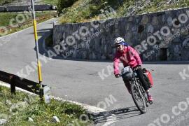 Photo #1626555   30-07-2021 09:49   Passo Dello Stelvio - Waterfall BICYCLE riders