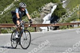 Photo #1104855 | 05-08-2020 09:50 | Passo Dello Stelvio - Waterfall BICYCLE riders