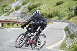 Photo #1018949 | 17-07-2020 09:56 | Passo Dello Stelvio - Waterfall BICYCLE riders