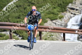 Photo #996443 | 06-07-2020 10:02 | Passo Dello Stelvio - Waterfall BICYCLE riders