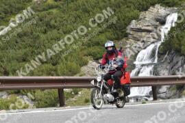 Photo #1837776   27-08-2021 09:09   Passo Dello Stelvio - Waterfall curve