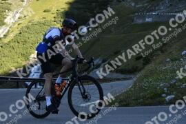 Photo #1241094   05-09-2020 09:11   Passo Dello Stelvio - Waterfall BICYCLE riders