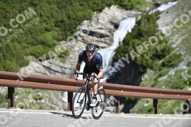 Photo #996434 | 06-07-2020 10:02 | Passo Dello Stelvio - Waterfall BICYCLE riders