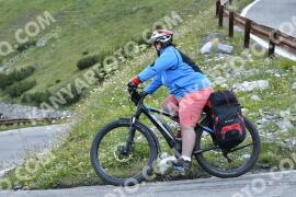 Photo #1703528   11-08-2021 09:12   Passo Dello Stelvio - Waterfall BICYCLE riders