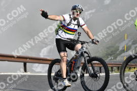 Photo #734423 | 21-07-2019 09:32 | Passo Dello Stelvio - Waterfall BICYCLE riders