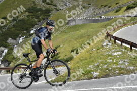 Photo #1831045 | 25-08-2021 10:30 | Passo Dello Stelvio - Waterfall BICYCLE riders