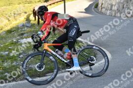 Photo #1490433 | 06-07-2021 09:19 | Passo Dello Stelvio - Waterfall BICYCLE riders
