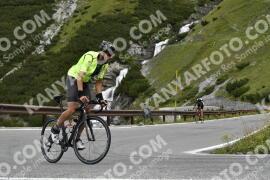 Photo #1756112   18-08-2021 09:32   Passo Dello Stelvio - Waterfall BICYCLE riders