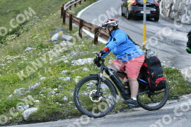 Photo #1703527   11-08-2021 09:12   Passo Dello Stelvio - Waterfall BICYCLE riders