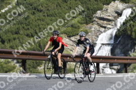 Photo #724780 | 20-07-2019 09:46 | Passo Dello Stelvio - Waterfall BICYCLE riders