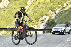 Photo #1703547   11-08-2021 09:18   Passo Dello Stelvio - Waterfall BICYCLE riders
